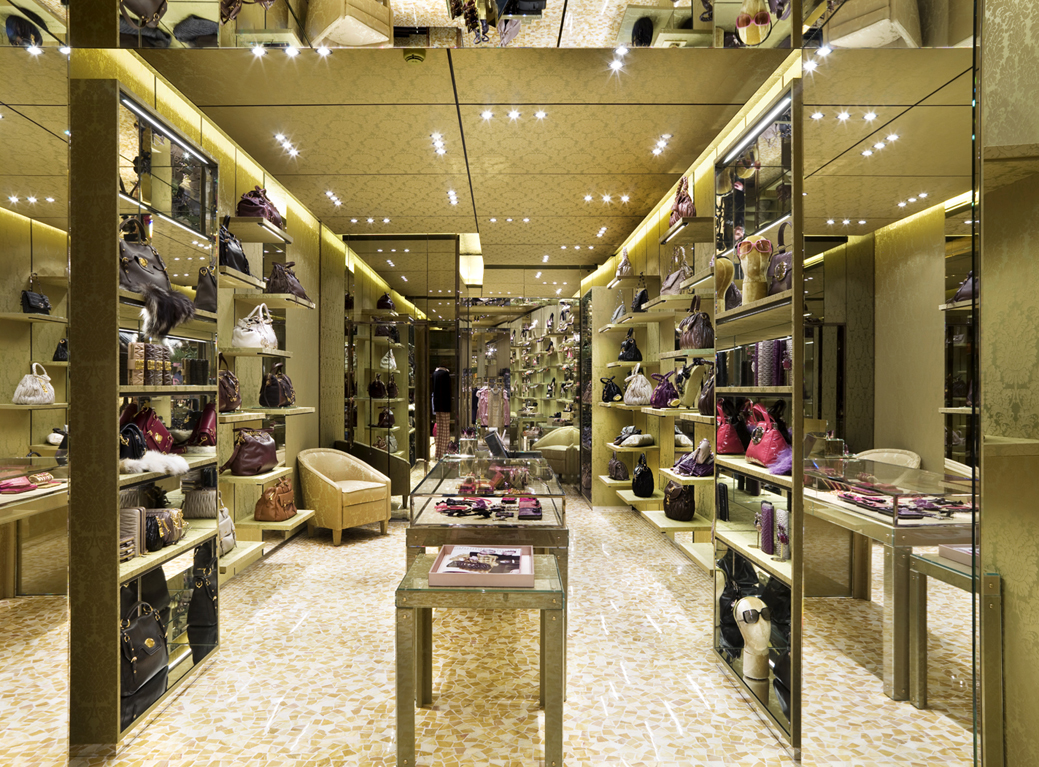 Miu miu opens a new flagship store in venice raindrops for Design boutique hotel venice