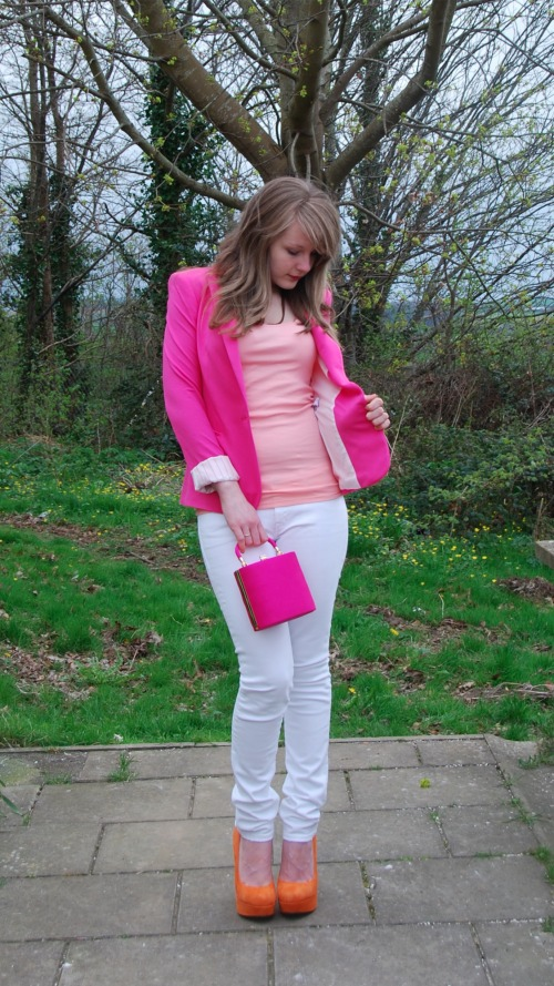 white levis 17 The Pink With The White