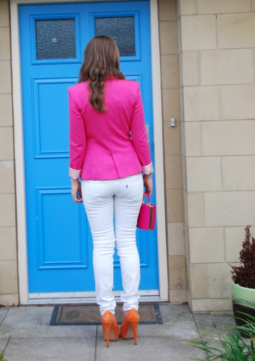white levis 6 The Pink With The White