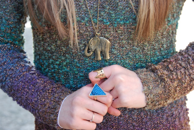 elephant-necklace-triangle-ring