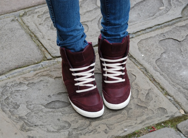 river-island-hidden-heel-high-top-burgundy