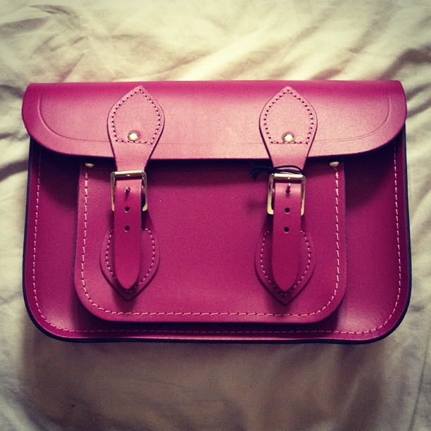 christmas-cambridge-satchel-wine-matte