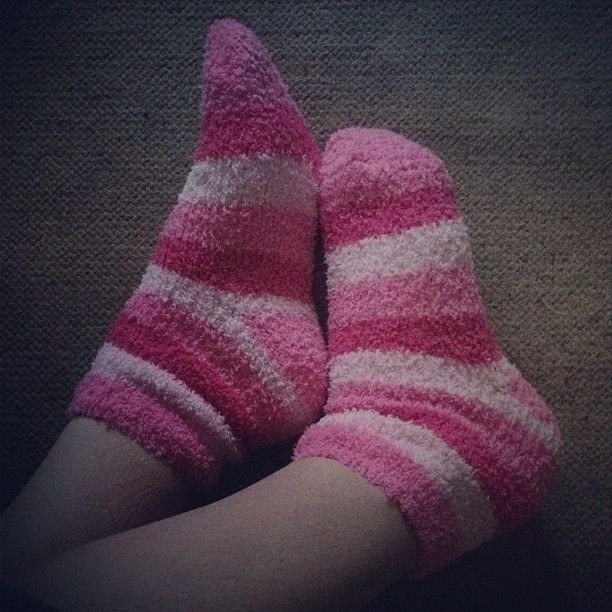 christmas-pink-socks