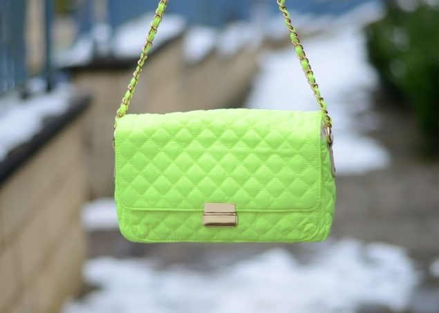 forever-21-neon-yellow-green-quilted-bag