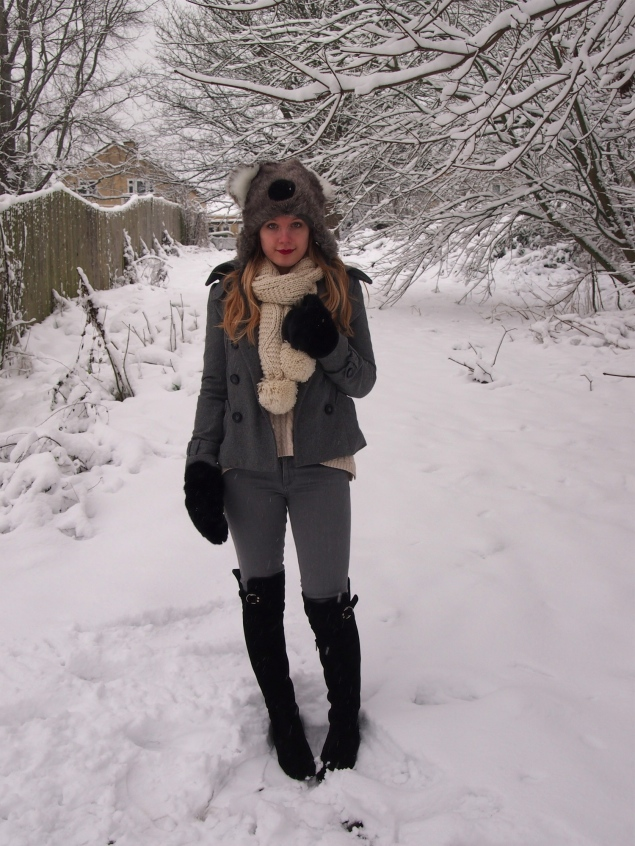 grey-white-snow-outfit