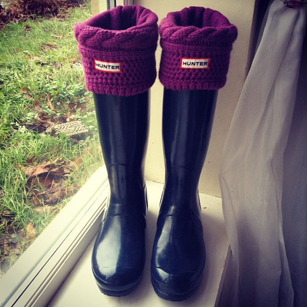 hunter-navy-wellies