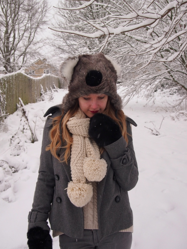 lorna burford koala hat Koala In The Snow