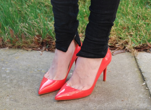 louboutin-pigalle-coral-5