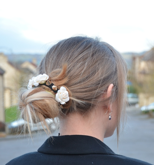 hair bun flowers Valentines Day With Flowers In My Messy Bun