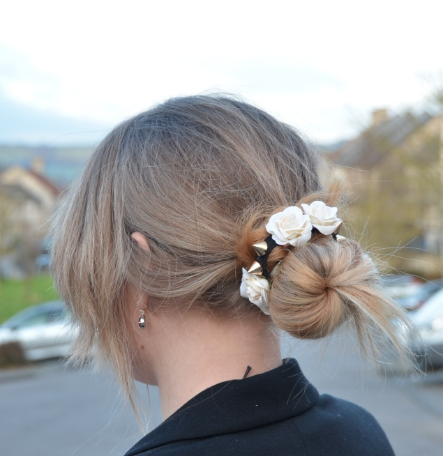 hair bun with flowers Valentines Day With Flowers In My Messy Bun