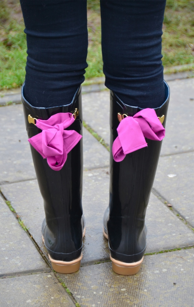 joules black ribbon pink wellies Country Girl At Heart