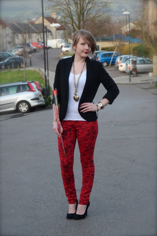lorna burford robins red floral jeans Valentines Day With Flowers In My Messy Bun