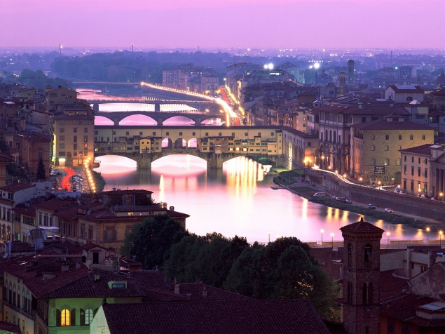 florence-ponte-vecchio-florence-italy