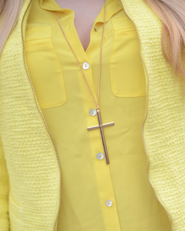 h&m-yellow-shirt-cross-necklace