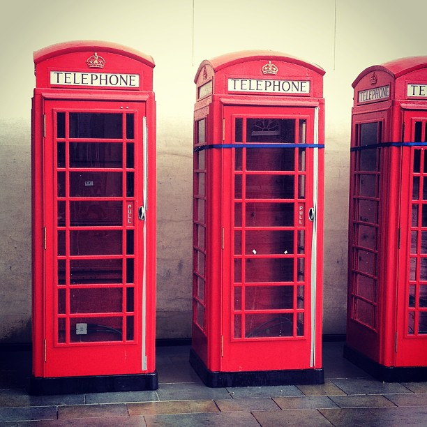 red-england-london-telephone-boxes