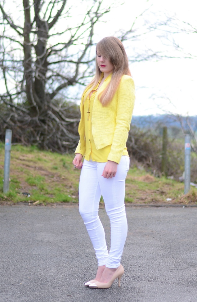 white-hudson-jeans-yellow-jacket