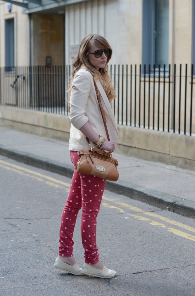 cream-blazer-red-polka-dot-jeans