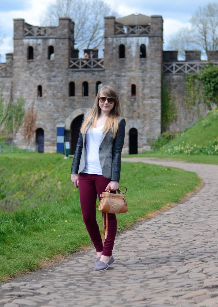 lorna-burford-castle-outfit