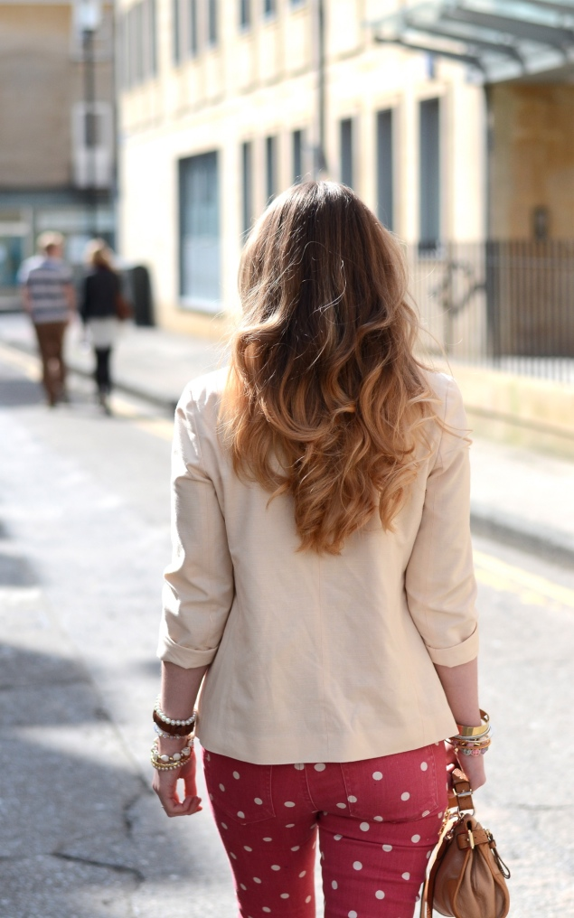 ombre-blonde-hair-curly
