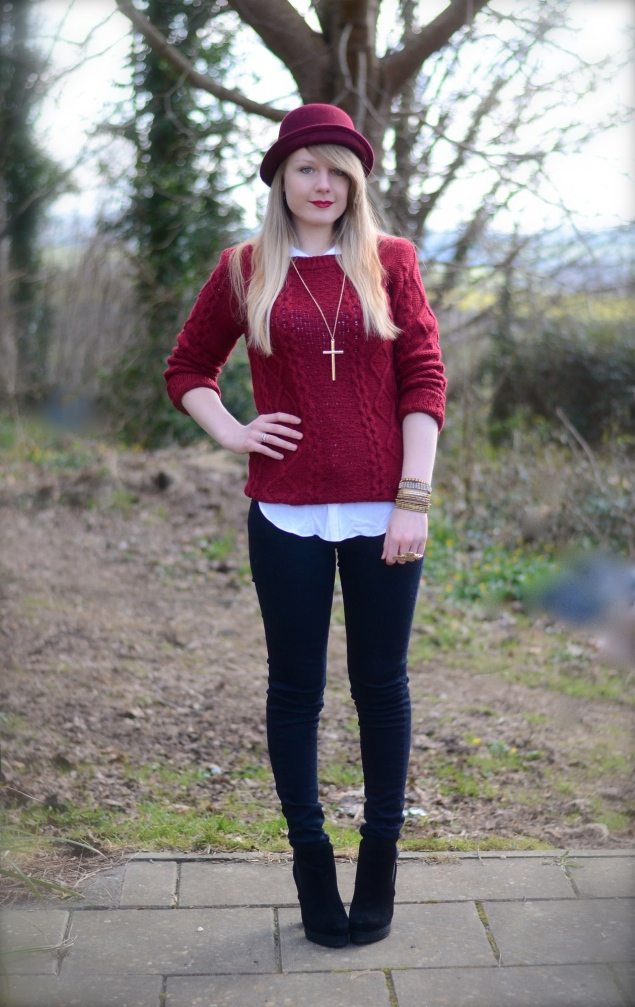 red-jumper-outfit