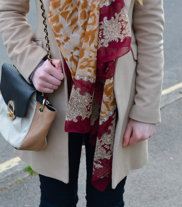 river-island-tiger-red-gold-scarf