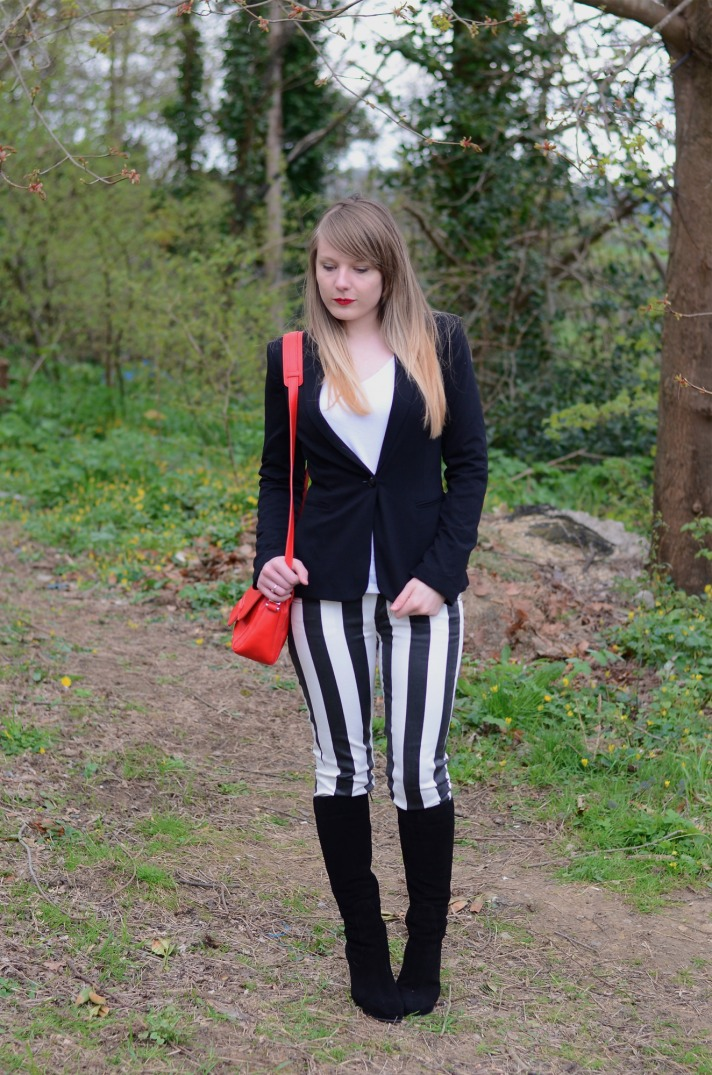 black-white-stripe-jeans-black-boots