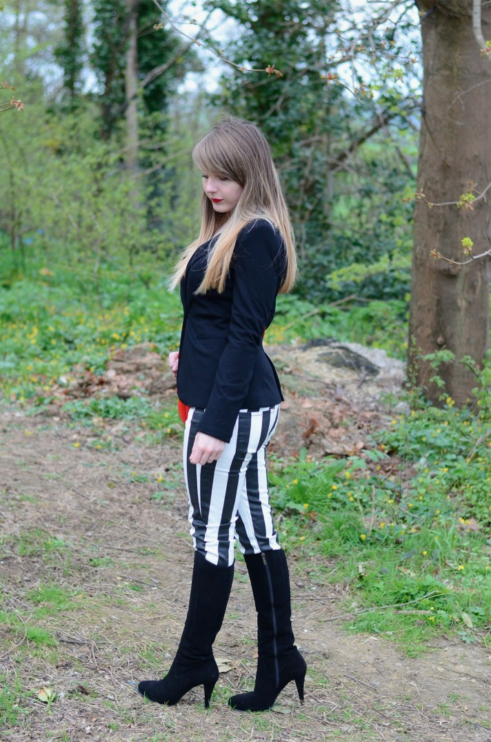 black-white-stripe-outfit