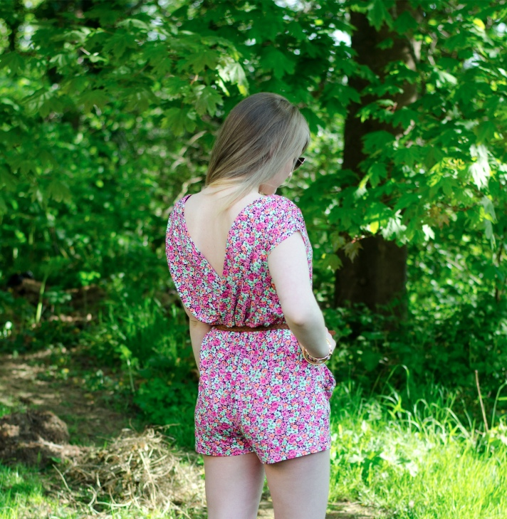 lipsy-floral-playsuit-backless