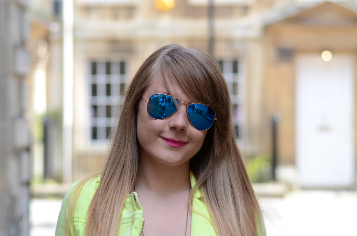 lorna-burford-ray-ban-blue-mirrored-lenses