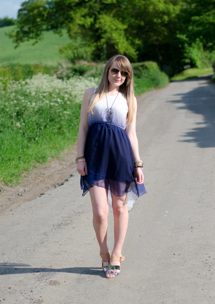 miss-rage-ombre-blue-white-dress