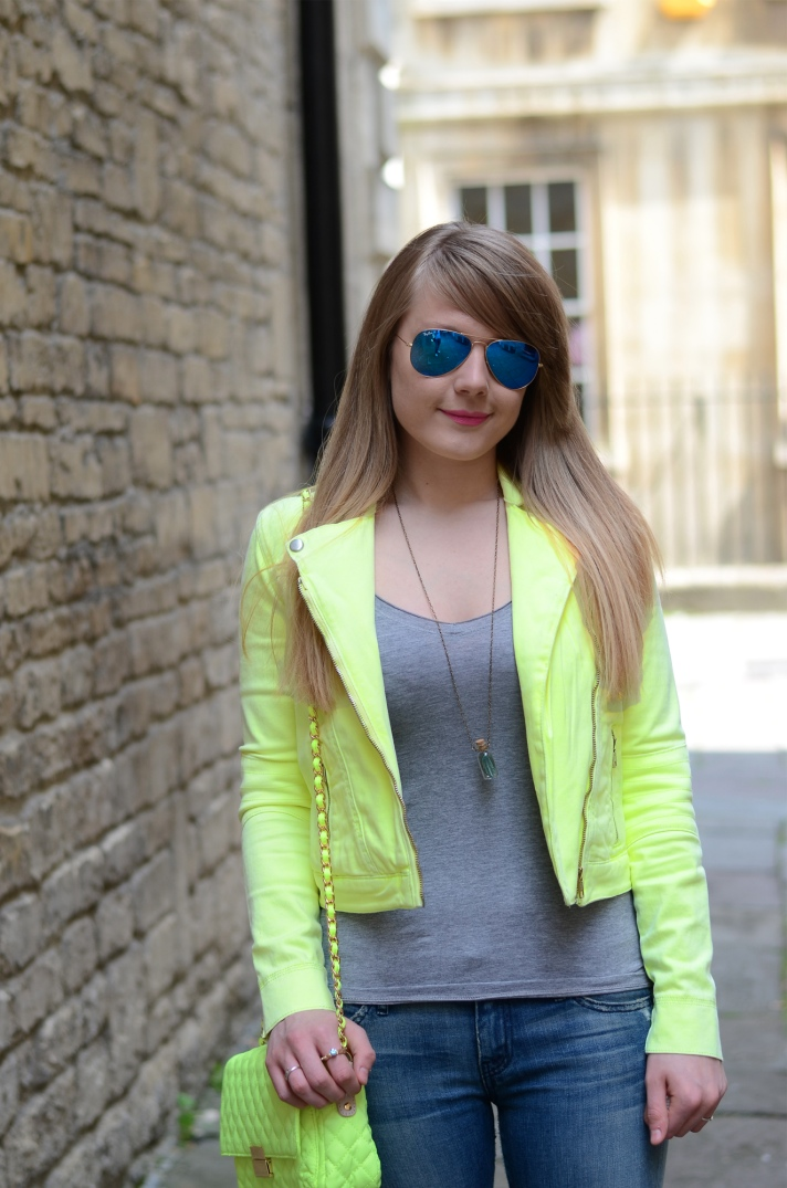 neon-yellow-jacket