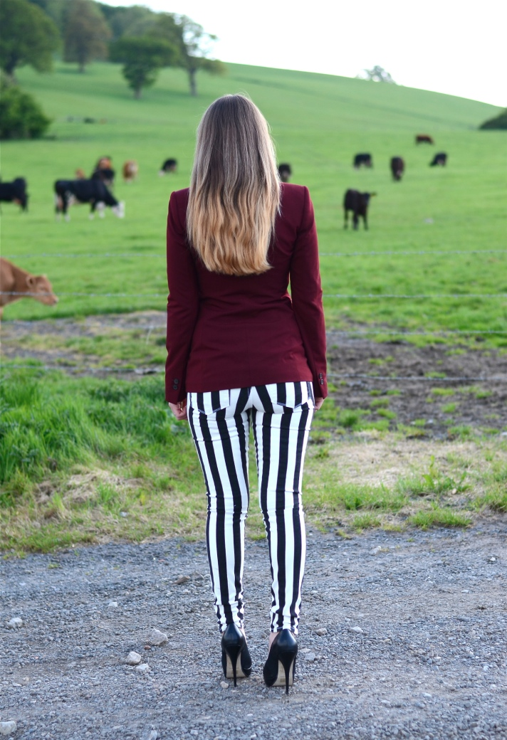 paige-exclusive-black-white-stripe-jeans