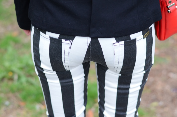 seven-jeans-black-white-stripe-jeans – Raindrops of Sapphire