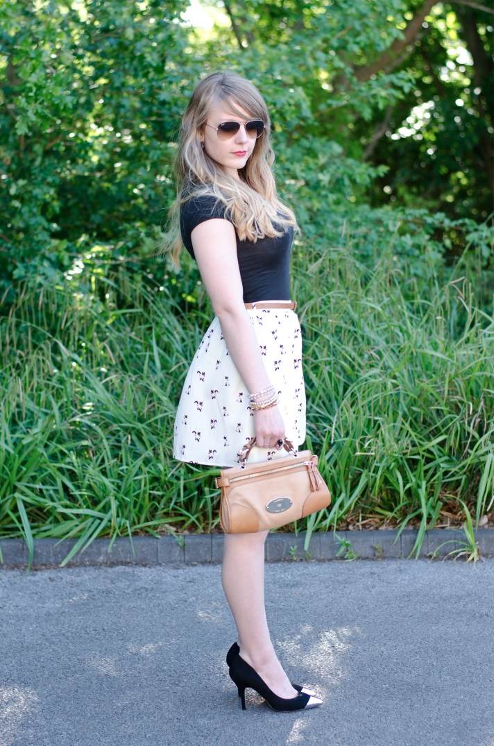 white-cat-print-skirt
