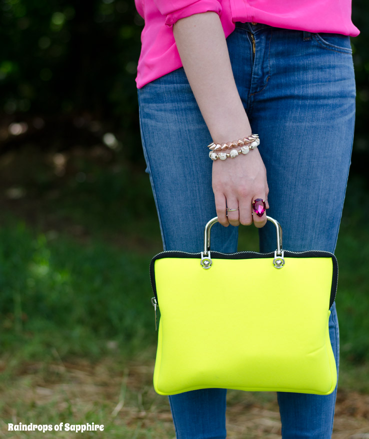 leghila-neon-yellow-bag