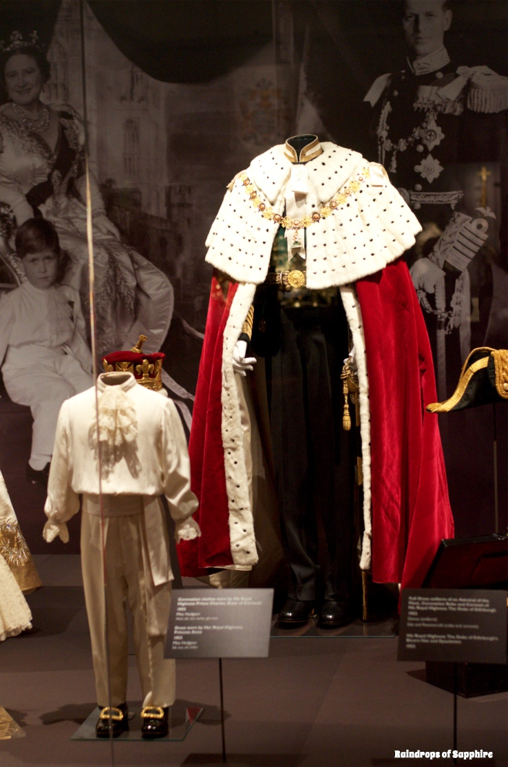 queens-corontation-exhibition-buckingham-palace-10