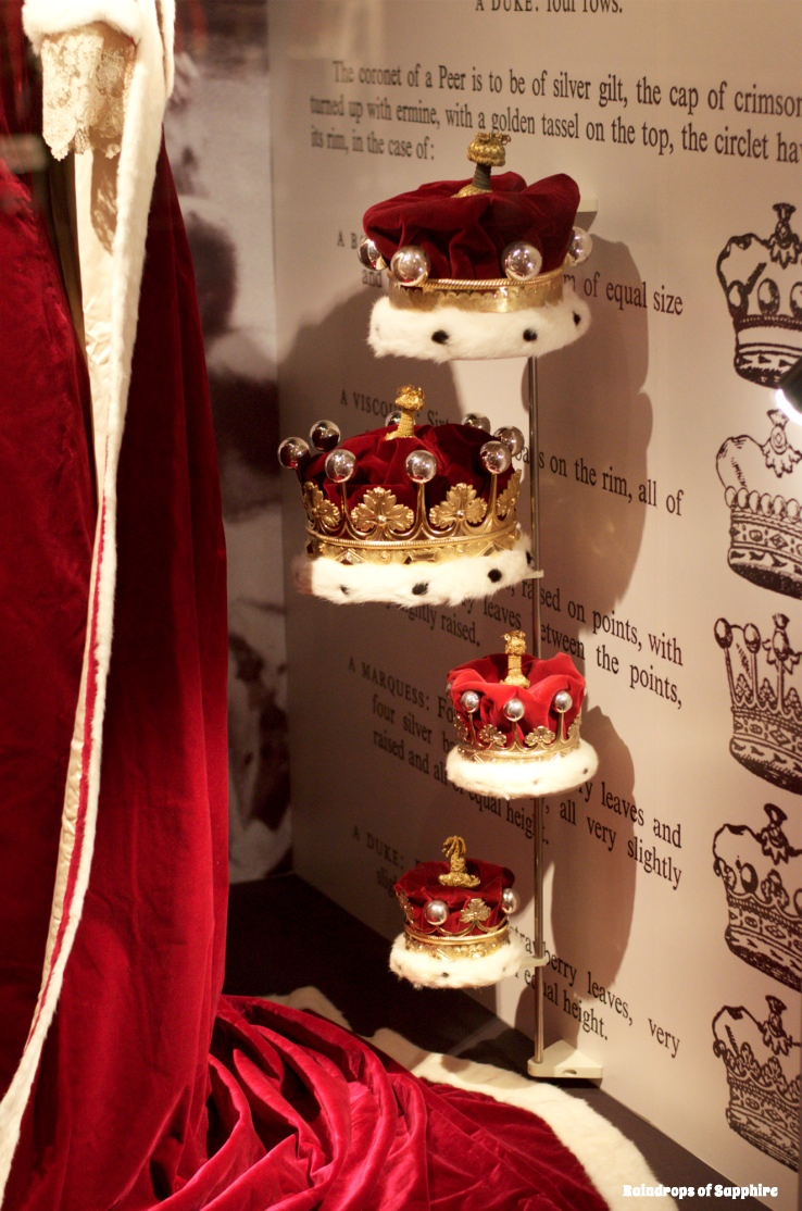 queens-corontation-exhibition-buckingham-palace-16