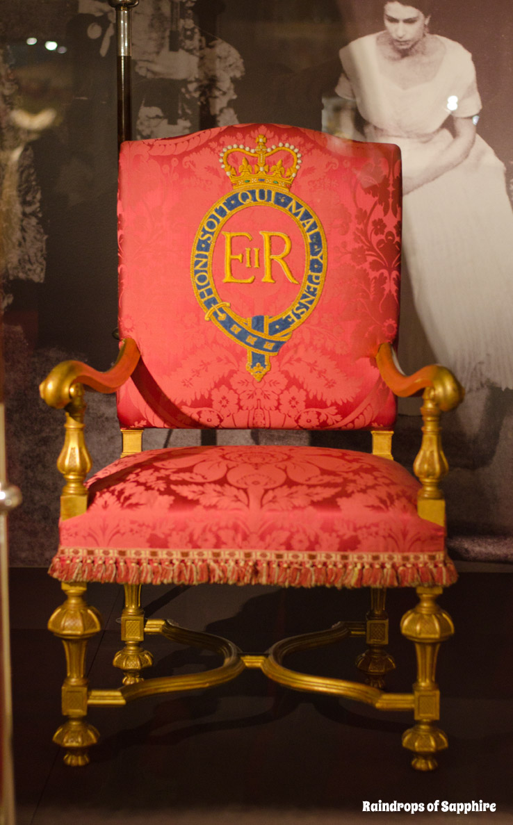 queens-corontation-exhibition-buckingham-palace-19