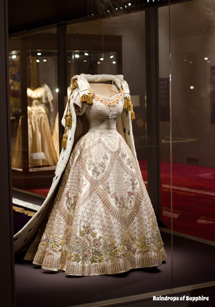 queens-corontation-exhibition-buckingham-palace-30