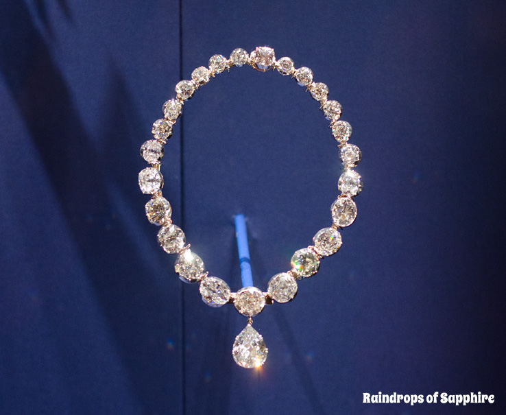 queens-corontation-exhibition-buckingham-palace-7