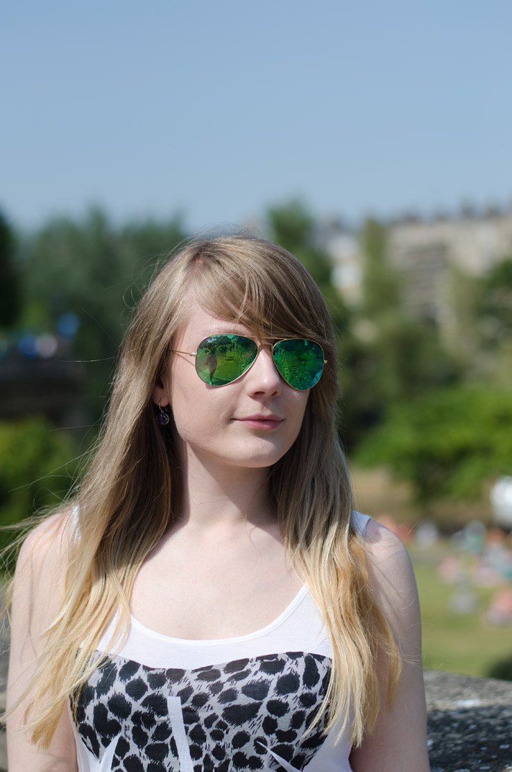 ray-ban-green-mirrored-aviators-lorna-burford