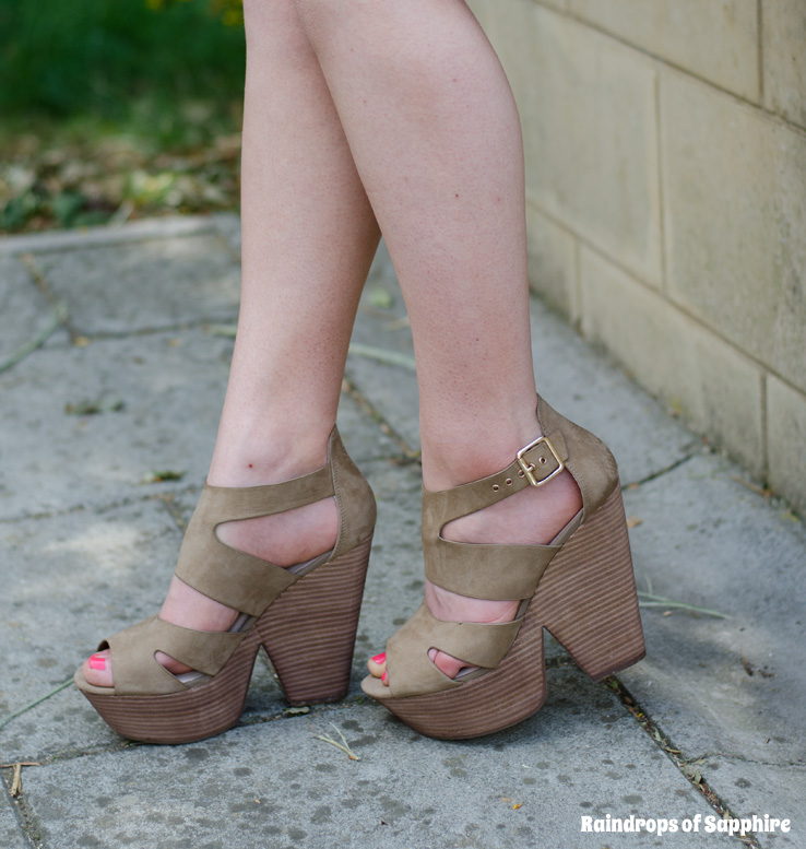 topshop-taupe-wedges