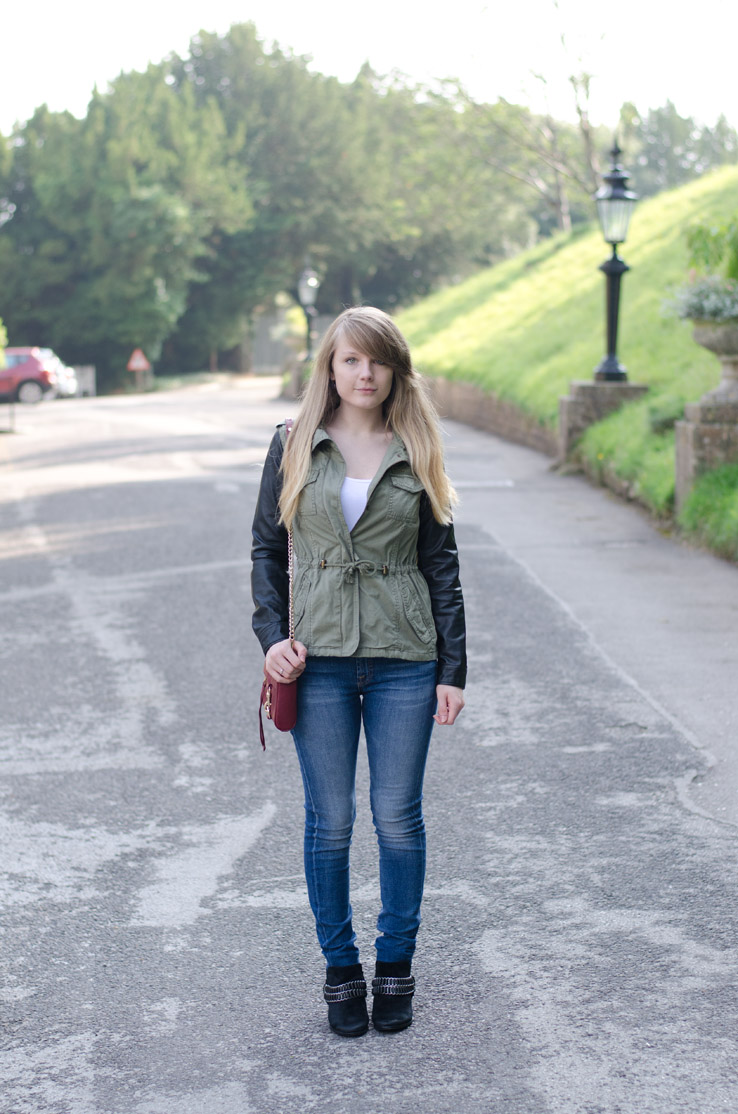 lorna-burford-pull-bear-khaki-jacket