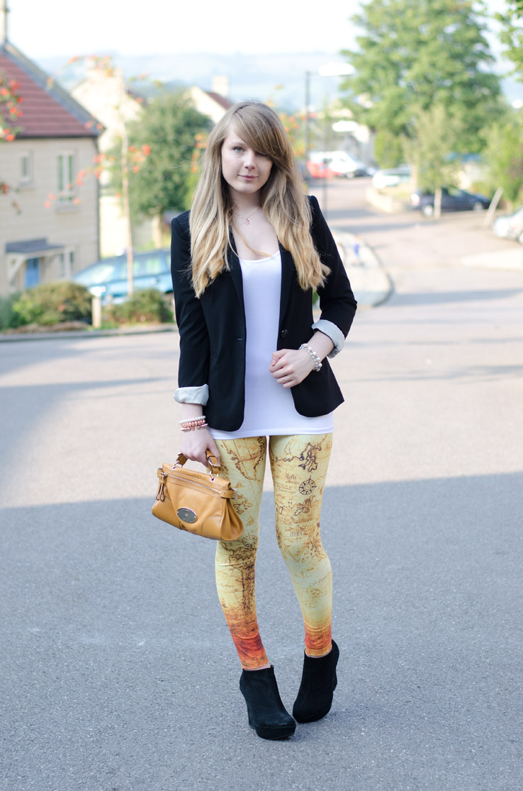 lorna-burford-romwe-map-leggings-black-blazer