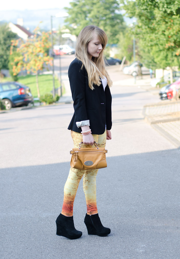 yellow-map-leggings