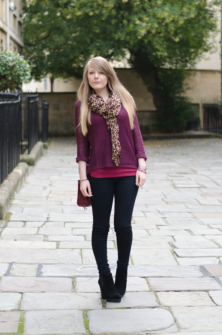 black-jeans-levis-purple-jumper