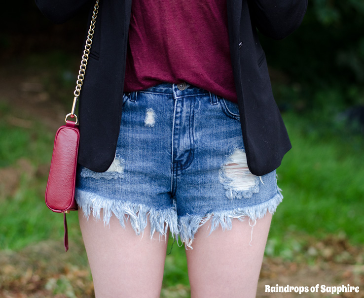 high-waisted-denim-shorts