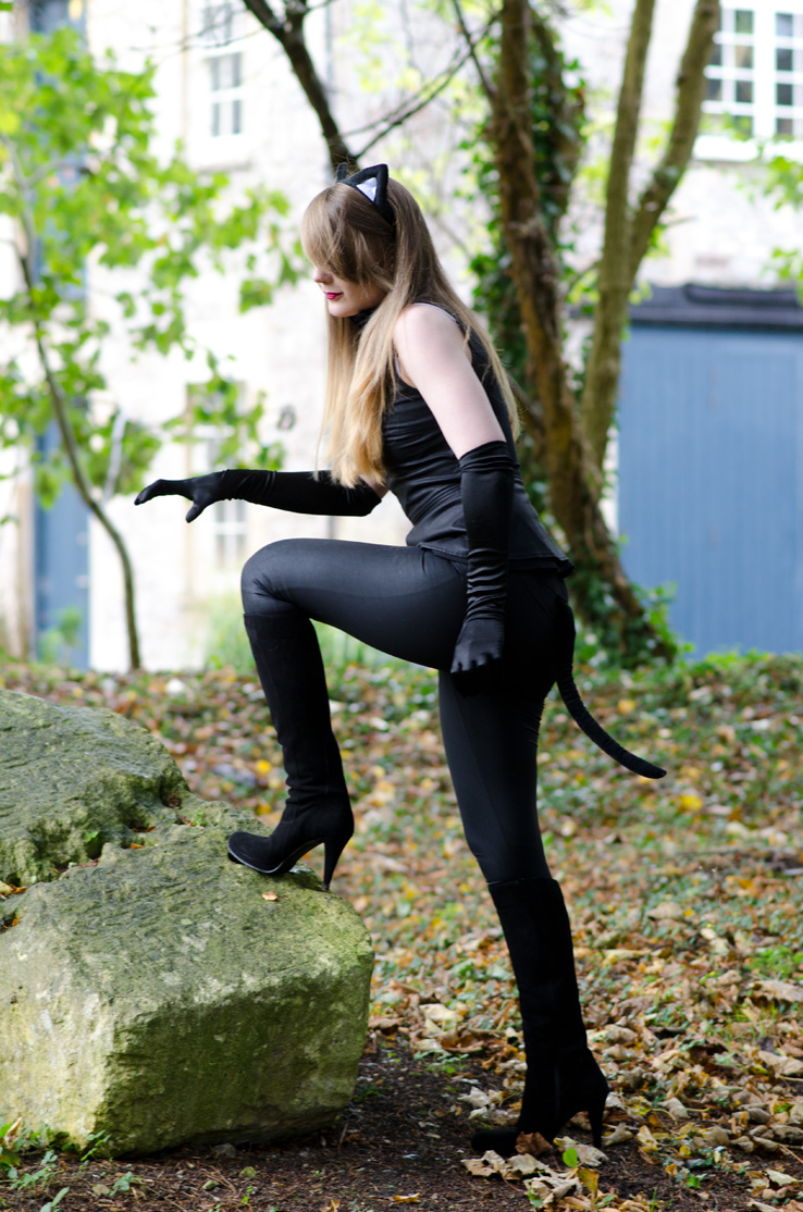 cat-woman-outfit-black-sexy