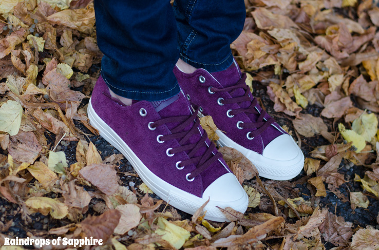 converse-burgundy-suede-all-stars