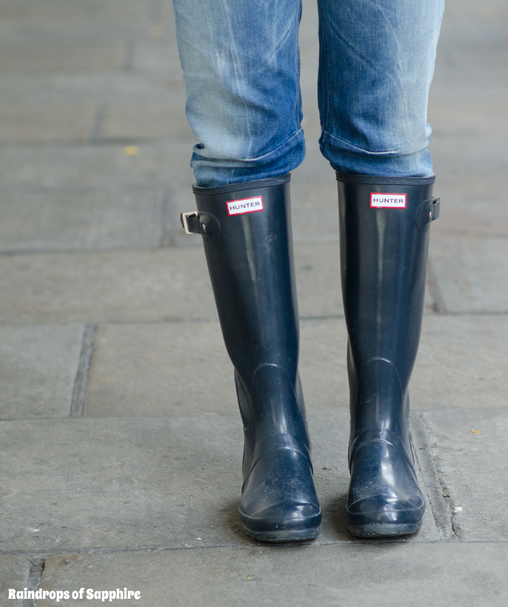 hunter-tall-gloss-rain-boots-wellies-navy